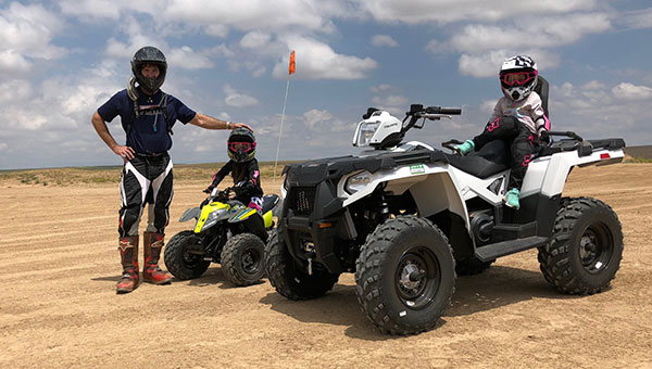 #BeActive, Dr. Scott Resig ATV's with family.